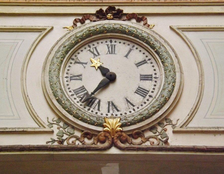 horloge passage bg l'abbé