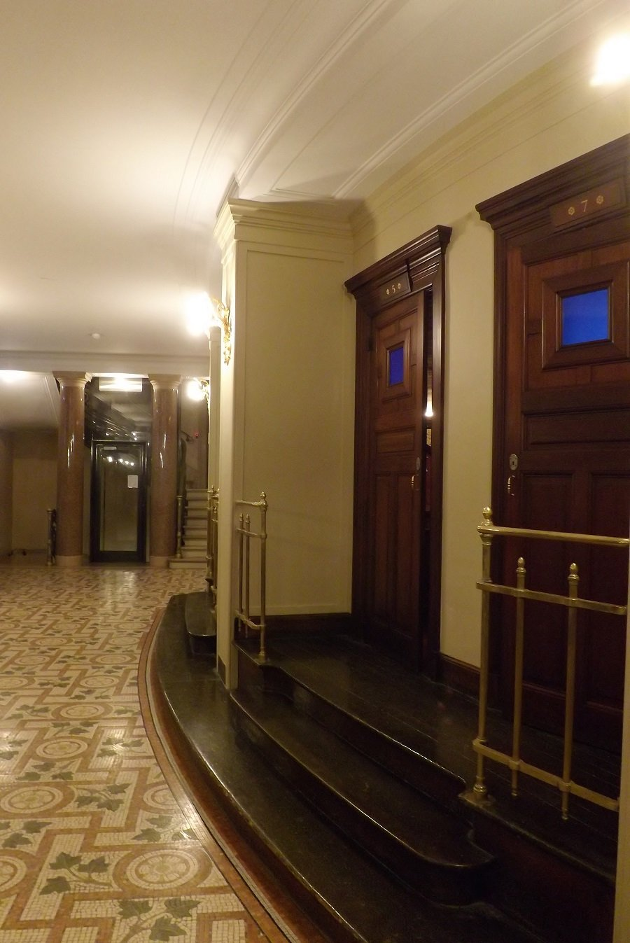 couloir loges